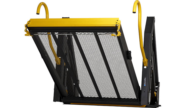 E-series solid platform wheelchair lift