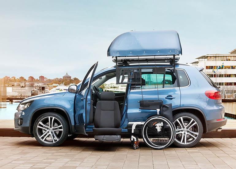 Wheelchair Lift For Car >> Turny Evo seat lift | Autoadapt